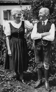 _4_Die Bleam Leut (Josefa gest24.7.1988 und Josef gest. 5.4.1963)